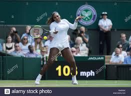 Il 12 luglio 2018. Il torneo di Wimbledon Tennis Championships 2018  tenutosi presso il All England Lawn Tennis e Croquet Club di Londra,  Inghilterra, Regno Unito. Serena Williams Foto stock - Alamy