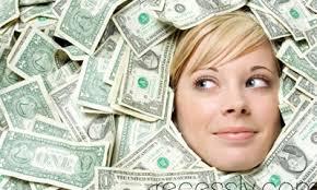 Phụ nữ kinh doanh kiếm tiền tại nhà