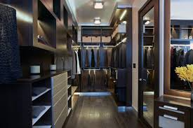 Huge walk in closets design Story Bachelor Pad Large Walk In Closet For Guys Small House Design Top 100 Best Closet Designs For Men Walkin Wardrobe Ideas