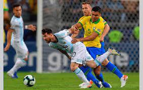 تاريخ مواجهات البرازيل والأرجنتين قبل نهائي كوبا أمريكا 2021 - التيار الاخضر