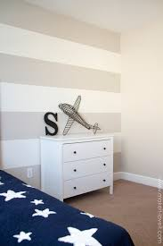 Stripe painted walls Bedroom How To Paint super Straight Horizontal Stripes Halo3screenshotscom How To Paint super Straight Horizontal Stripes Make It And Love It