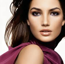 choose a natural tanned makeup look to even out skin tones or add some natural color deep set eyesmakeup for brown
