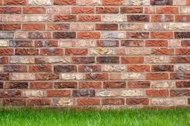 how to build a single brick garden wall