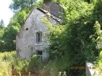 on vend la maison dans les ruines 5475m2 d urgence