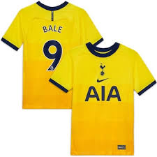 When tottenham used the money from gareth bale's £86million move to real madrid to fund a £110m spending spree in the summer of 2013, garth crooks declared that his old club had 'sold elvis and bought the beatles'. Gareth Bale Kits Gareth Bale Jerseys Gear Shirts Kitbag