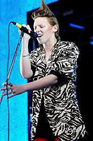 Uk Charts April 2009 List Of Uk Top Ten Singles In 2009 Wikipedia