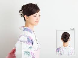 浴衣美人の秘訣はまとめ髪にアリ 大人のセルフ浴衣アレンジotona