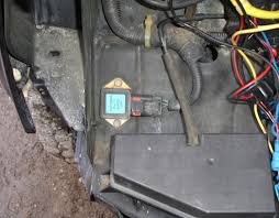 wj radiator replacement write up w pics jeepforum com 21 optional remove and replace the fan relay 2x8mm from the passenger side underneath the header panel a i highly recommend this as this relay will