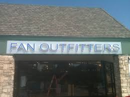 fan outfitters. photos: fan outfitters