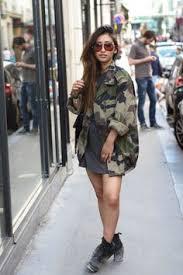 vestes style militaire filles Images?q=tbn:ANd9GcRMvNKB6DDIW54FfL6JT5WXlQIvrBXQb-sFiEhTIi5akrLKbN-FSg