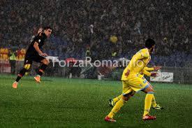 Strootman nel mirino di Van Gaal ma per bookie resta alla Roma -  Forzaroma.info