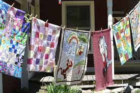 Project Linus keeps kids warm, secure | The Brattleboro Reformer ... & Quilts made for the Linus Project hang outside the Olde Farmhouse B&B in  Townshend. ( Adamdwight.com