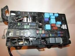 07 13 toyota tundra relay fuse box block panel 350 07 13 toyota tundra relay fuse box block panel 350 fus350jyn