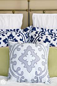 guest bedroom ideas on a budget decorating ideas for small bedrooms inexpensive blue
