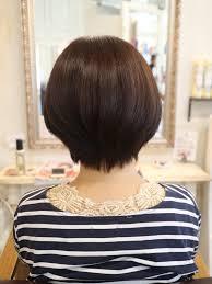 人気の髪型ひし形ショートヘアの切り方 香川県高松市で大人女性に
