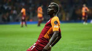 Galatasaray'da sakatlık geçiren Henry Onyekuru en az 4 hafta sahalardan  uzak kalacak