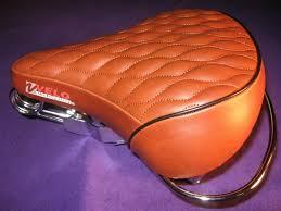 brown diamond spring seat