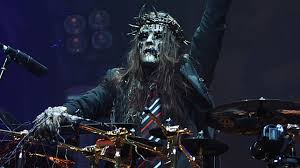 2 hours ago · joey jordison, the drummer whose dynamic playing helped to power the metal band slipknot to global stardom, has died at age 46. 7 Times Joey Jordison Proved He S More Than Just A Drummer Articles Ultimate Guitar Com