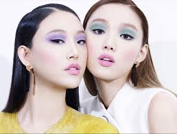 with the booming k pop industry even enternment panies such as yg enternment wanted to jump into the cosmetics band wagon