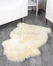 1 pelt eggshell white sheep fur rug single special