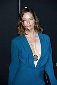 Sienna Guillory - Biography, Height & Life Story   Super Stars Bio