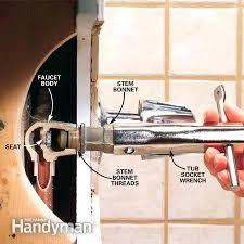 replacement bath faucet handles bathroom faucet handle removal bathroom faucet replacing bathtub faucet moen replacement tub faucet handles delta bath