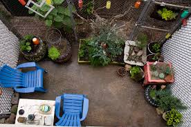 Small Picture Vignettes Some Thoughts on Garden Design in Small Spaces