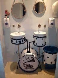 drum bathroom set up