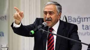 Tatar'dan Mustafa Akıncı'nın 'Türkiye'ye biat etmem' sözlerine sert tepki -  DÜNYA Haberleri