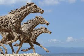 galloping driftwood horse sculptures jame doran webb 6