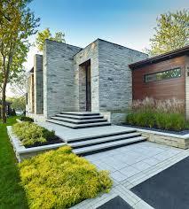 Modern Curb Appeal modern-garden