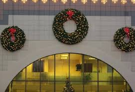 Outdoor Lighted Wreath Adorable Large Christmas Wreaths Outdoors Large Artificial Christmas Wreaths
