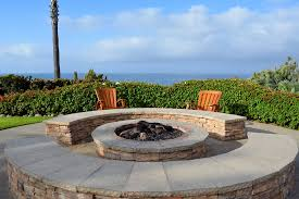 to build a fire pit patio with pavers