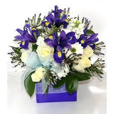 Поздравляем с успешной защитой кандидатской диссертации  Поздравляем с успешной защитой кандидатской диссертации Халбашкеева А В поздравления · blue and white posy arrangement 01022
