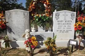 Ivy Oliver DeLacerda (1918-1961) - Find A Grave Memorial