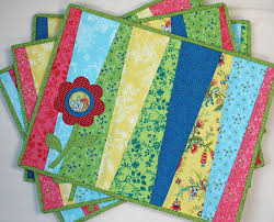 Fresh Blooms Placemats - Learn more about this project and more on ... & Fresh Blooms Placemats - Learn more about this project and more on the  Connecting Threads blog Adamdwight.com