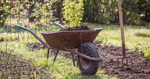 how to use leaves for compost and mulch