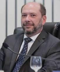 Resultado de imagem para prefeito de sobral ivo gomes