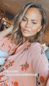 This is one of the best short layered haircuts for round faces as it adds tons of volume. Chrissy Teigen Short Hair After Quarantine Is So Fresh