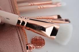 zoeva rose golden vol 2 luxury brush set