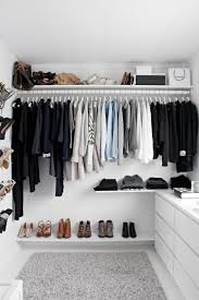 Closet ideas tumblr Closet Organization An Organized Closet With Color Scheme Shopping Stores For Womens Clothing Online Womens Clothing Casual Womens Clothing ad 2minuteswithcom Pin De Shellmar En Deco Casa En 2019 Pinterest Bedroom Room