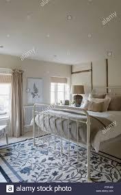Metall Bett In Windows Aus Dem 18 Jahrhundert Norfolk