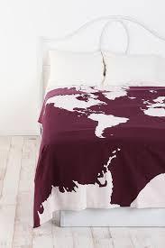 Purple And Beige Bedroom 17 Best Ideas About Burgundy Bedroom On Pinterest Burgundy Room