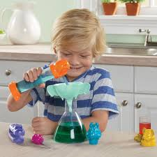 For 3-Year-Olds: GeoSafari Jr. Jungle Crew Lab Set Best Toys Kids of All Ages | POPSUGAR Family