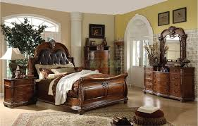 Absolutely Smart Traditional Bedroom Furniture How To Decorate Using ...