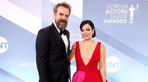 Stranger Things-acteur getrouwd met ...