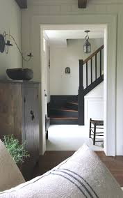 Old House Staircase Design Love This Simple Farmhouse Style Old House Entryway