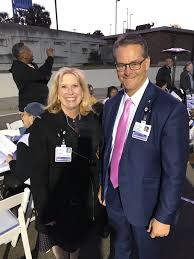 """Tom VanOsdol on Twitter: """"With my colleague and friend and Ascension St.  Vincent's Foundation President Virginia Hall at the Jacksonville Chamber's  Longest Table. #weareAscensionFlorida… https://t.co/C5eGX71g8a"""""""