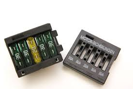 bmw engine electronics fuse pack in underhood e box, e46, e39  at How To Open Fuse Relay Box