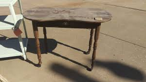 spray painting furniture table from flea market